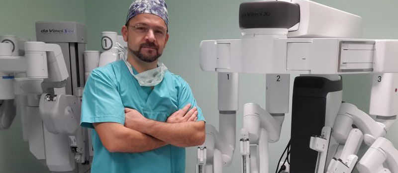 Robotic Surgery in Adults